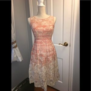Elie Tahari perfect linen dress with belt
